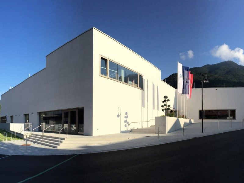11 B4 Veranstaltungszentrum Aussenansicht 6